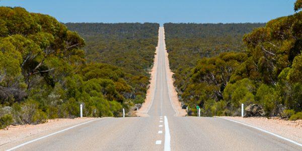 Moving to Sydney, Melbourne emigration to Australia groupage shipments international removals