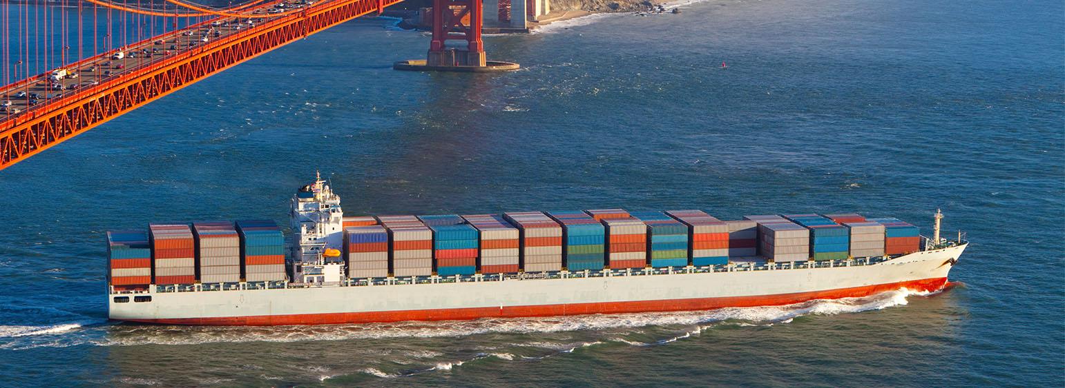 container ship internationale verhuizing overzees